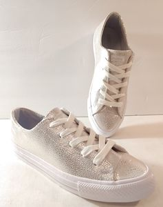 Converse Metallic Low Top Sneakers 6.5